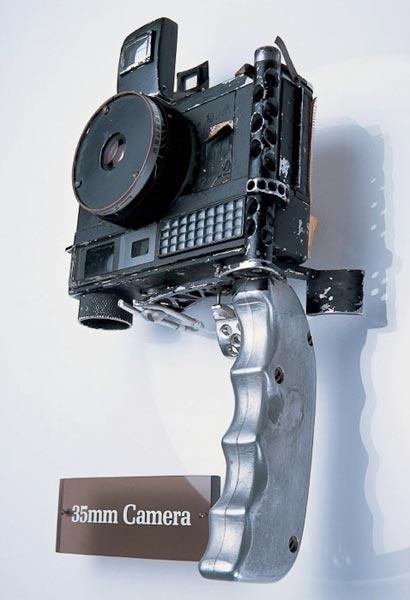 MinoltaHiMatic-John-Glenn-camara-de-fotos-espacio